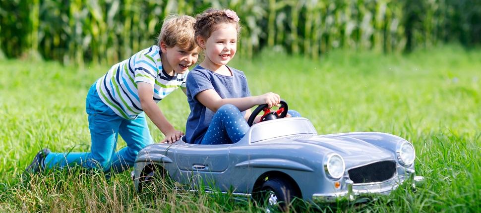 Otomobil sevginizi çocuklarınıza aşılayın