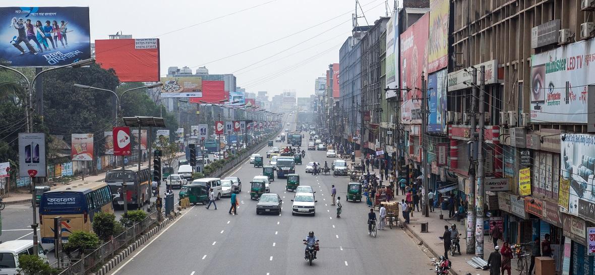 Bangladeş'te otogaz kullanımı hızla yaygınlaşıyor
