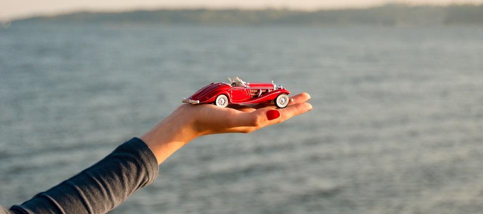 Otomobil meraklısı arkadaşlarınız için hediye önerileri